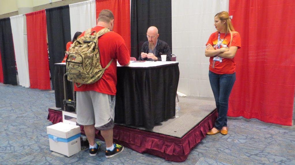 brian azzarello at fan expo signing autographs